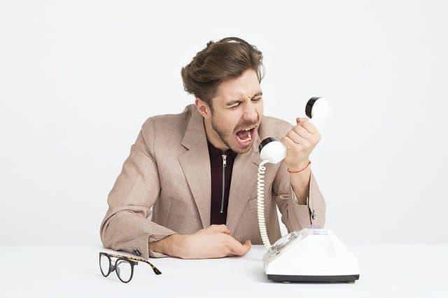 angry customer shouting at dropshipper